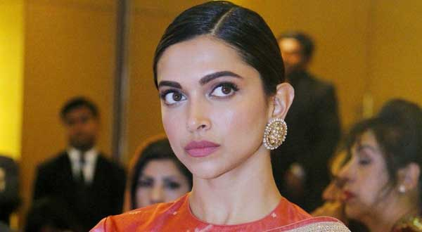 Deepika Padukone Upcoming Movies 2020 & 2021 Release Date ...