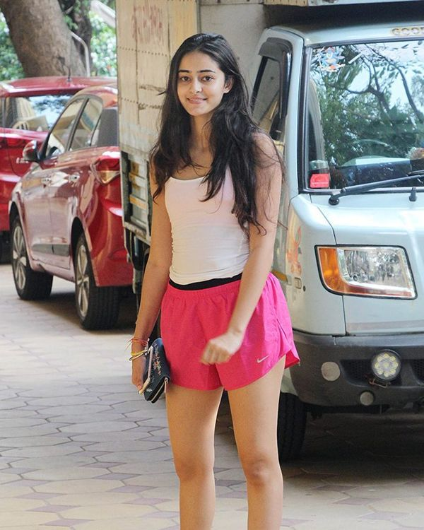 25 Ananya Panday Latest  Hot Photos Wallpapers Hd, Hq -3534