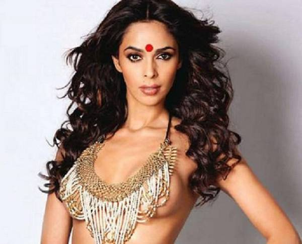 Naked photos of mallika sherawat-6882