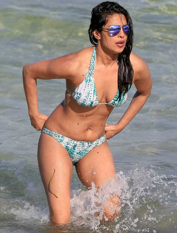 Priyanka Chopra Latest  Hot Photos - Janbharat Times