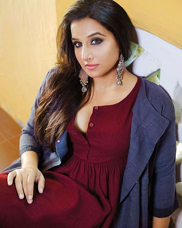 Vidya Balan Latest  Hot Photos - Janbharat Times-2697