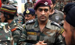 Lieutenant Colonel MS Dhoni to do patrolling, guard duties in Kashmir for 15 days