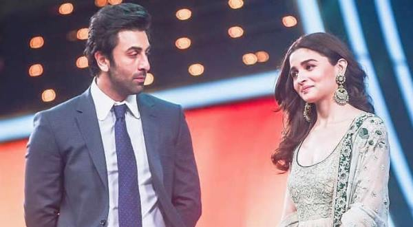 Alia Bhatt plans a grand party for beau Ranbir Kapoor's 38th birthday